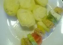 Zeleninové špízy s kuřecím masem