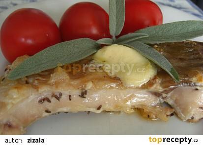 Kapr na roštu s citronovým máslem