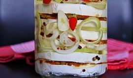 Nakládaný hermelín se sušenými rajčaty