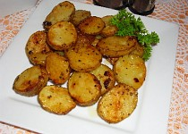 Pečené brambory s česnekovými listy