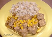 Tempeh na cibulce s oříškovou rýží
