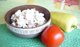 Zeleninový salát s pikantním dresinkem