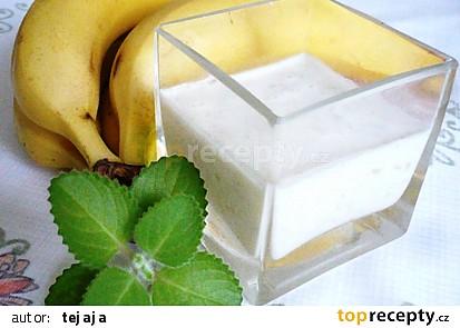 Banánový koktejl