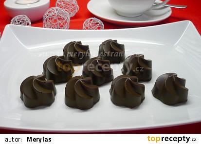 Čokoládové pralinky s banánovou náplní