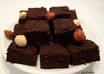 Fazolové brownies s karobovou moukou