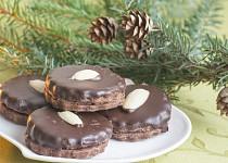 Kakaové dortíčky plněné krémem