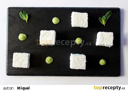 Kokosová pěna s mátovým krémem z avokáda