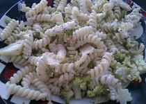 Lehký brokolicový salátek
