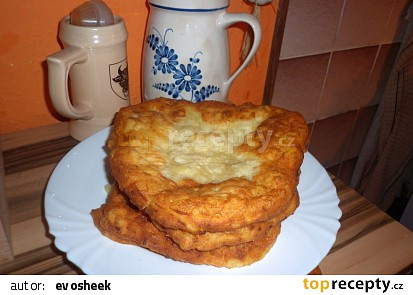 Maďarské bramborové langoše