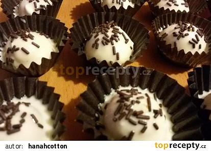 Ořecháčky v bílé čokoládě