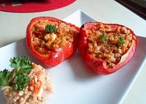 Papriky plněné bulgurem a balkánským sýrem