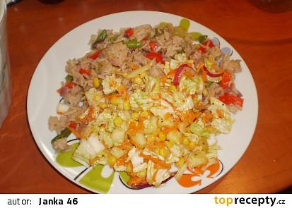 Salát s kukuřicí