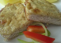 Vepřové kotlety zapečené s hořčicí a sýrem