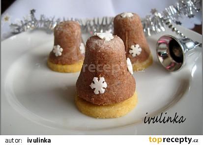 Vosí hnízda s ořechy a sušeným mlékem