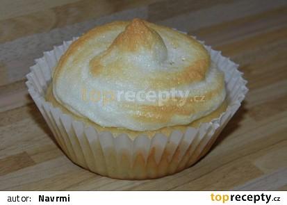 Ananasové muffiny se sněhovou čepicí