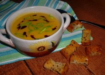 Cizrnovo-mrkvová polévka s kmínem