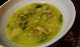 Houbovo-porková polévka
