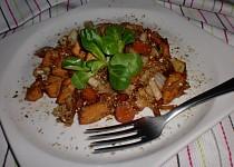 Kuřecí nudličky s mrkví a čínským zelím