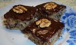 Ořechové rychlé řezy s čokoládovou polevou