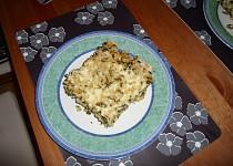 Těstoviny s kuřecím masem a špenátem
