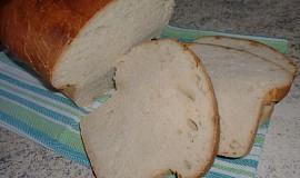 Toustový chleba ze zakysané smetany