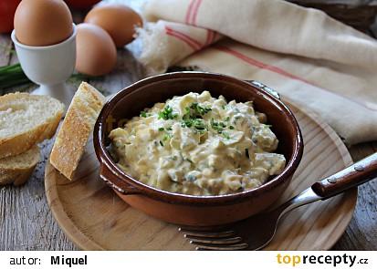 Vajíčkový salát (jednoduchý)