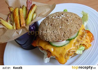 Vegan burger z červené čočky se zeleninou