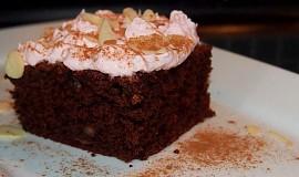 Čokoládový koláč s červenou řepou