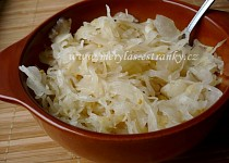 Domácí kysané zelí - salátové