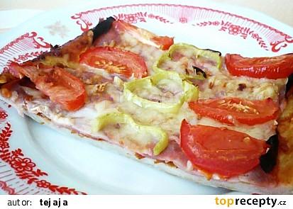 Jednoduchá pizza - domácí