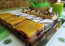 Kakaové pudingové řezy s želé