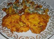 Kuřecí řízky smažené v česnekovo-sýrovém těstíčku