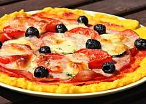 """Polentová """"pizza"""""""