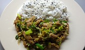 Sojové nudličky s pórkem a sezamovou rýží