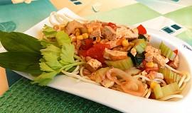 Špagety s tofu omáčkou