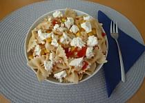 Těstovinový salát s balkánským sýrem