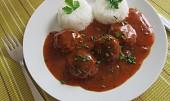 Rychlá tomatová omáčka s čerstvými bylinkami