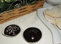 Čokoládovopiškotové košíčky