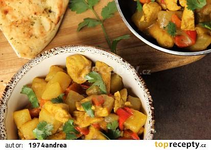 Jednoduché bramborové curry s kuřecím masem