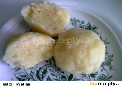 Knedlík ze zbylých brambor