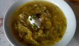 Polévka z čínského zelí a zeleniny