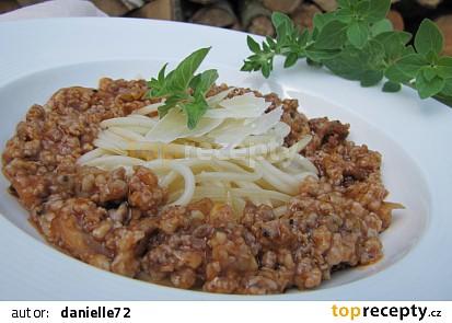 Špagety s mletým masem a provensálskými bylinkami