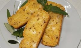 Sýrový chlebíček s ořechy