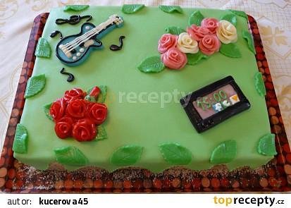 Velký dort pro tři oslavence