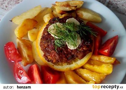 Italské smažené klopsy se šunkou, sýrem a žampiony a citrónové v troubě pečené brambory
