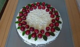 Malinový dortík