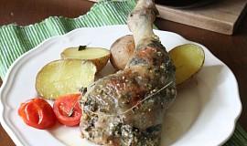 Pečená kuřecí stehna plněná kopřivovo-mandlovou nádivkou
