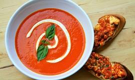 Polévka z  grilovaných paprik