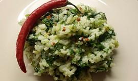 Špenátovo-pórková rýže s indickým kořením
