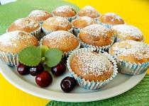 Třešňové muffiny